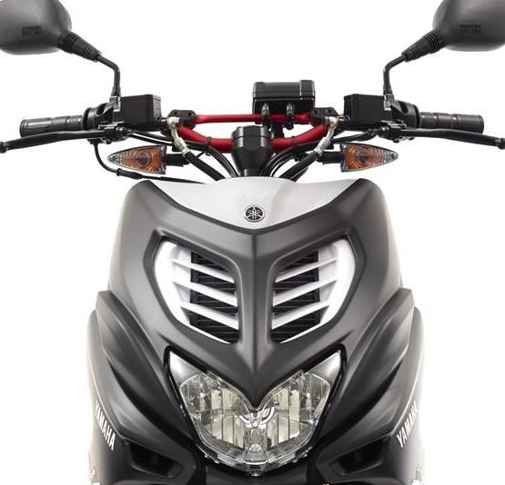 2015-Yamaha-AER50N-EU-Power-Black-Detail-001