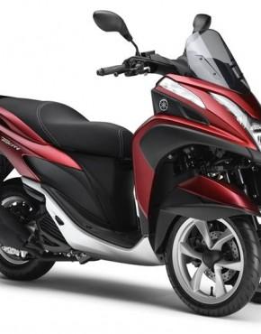 2015-Yamaha-Tricity-EU-Anodized-Red-Studio-001